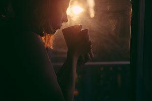Entspannungstechniken-Tee-trinken