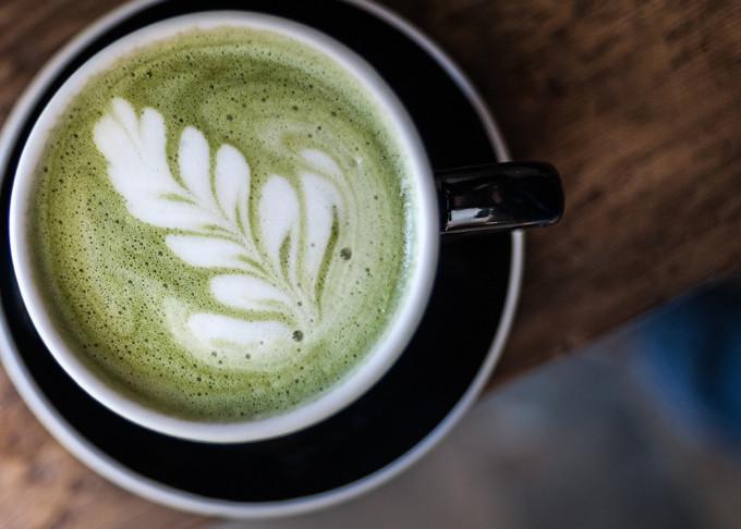 Grün, lecker und gesund. Was ist wirklich dran an der Wirkung von Matcha Tee?