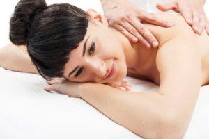 Wie geht eine Yoni Massage richtig