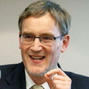 Dr. Stefan Brunnhuber