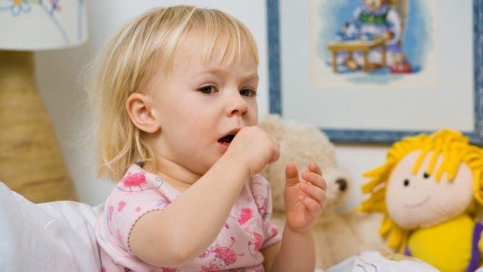 Was tun wenn mein Baby einen trockenen Husten hat