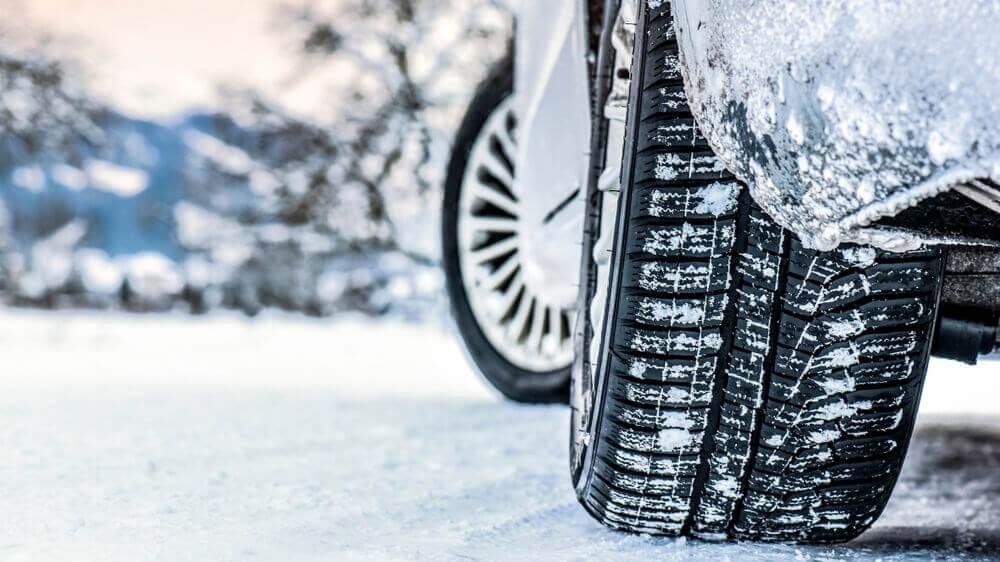 Ist es gefährlich im Sommer mit Winterreifen zu fahren?