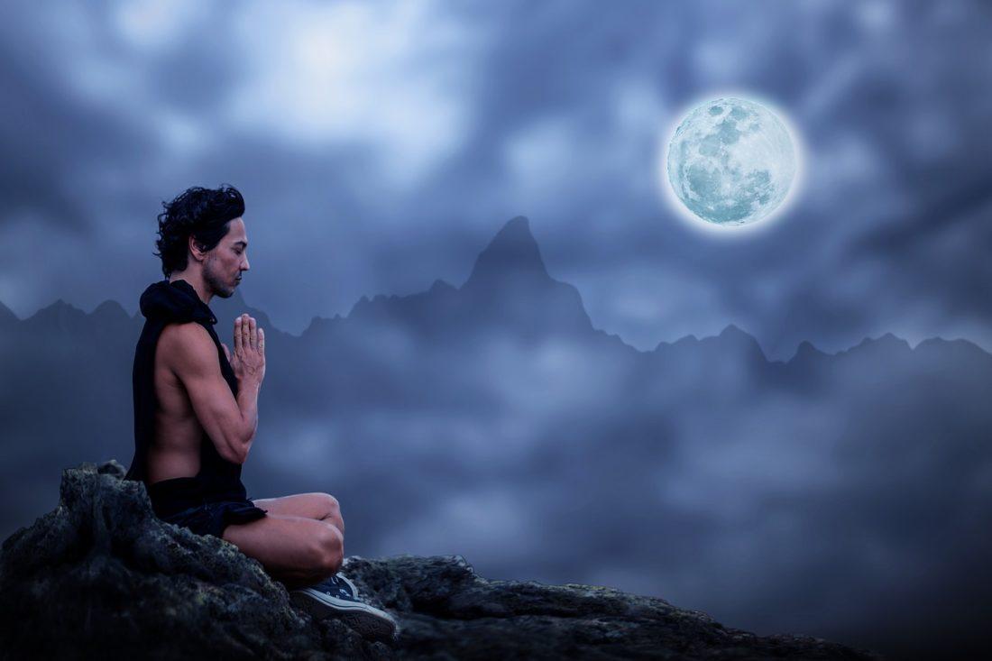 Bilder von Yoga Übungen. Yoga Anleitungen zur Inspiration