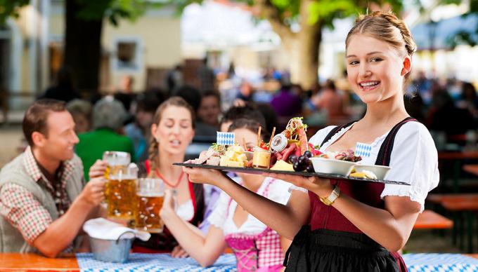 Was kostet ein Maß Bier zum Oktoberfest